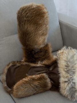 Beaver Mittens with Coyote Trim